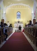esküvő-fotós-sopron-templomi-szertartás-fotózása-006